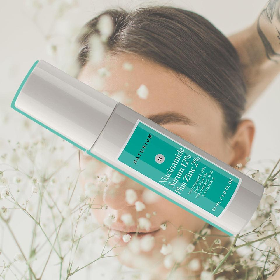 """This Niacinamide Moisturizer is Shoppers' """"Best Kept Secret"""" For Fighting The Aging Process"""