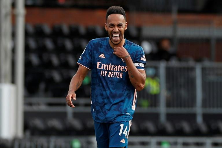 Aubameyang vows to become Arsenal 'legend' after signing new contract