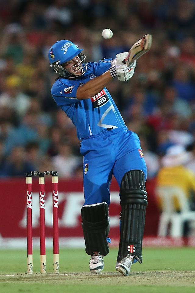 ADELAIDE, AUSTRALIA - DECEMBER 23: Michael Klinger of the Stirkers bats during the Big Bash League match between the Adelaide Strikers and the Sydney Sixers at Adelaide Oval on December 23, 2012 in Adelaide, Australia.  (Photo by Morne de Klerk/Getty Images)