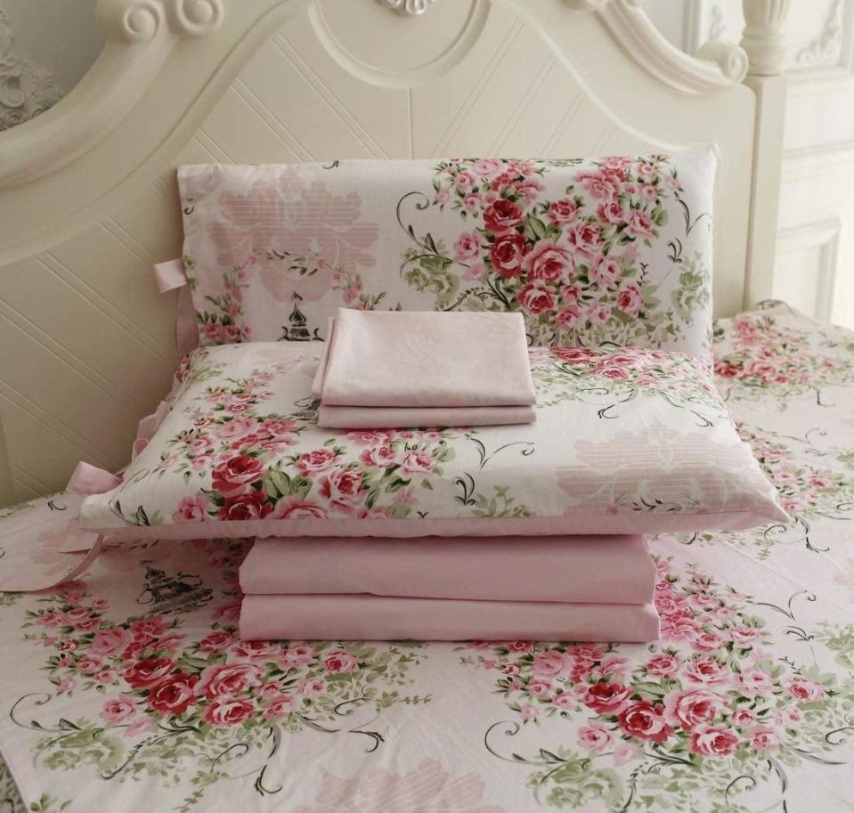 """<p>Everything's coming up roses with this 100-percent cotton <a href=""""https://www.popsugar.com/buy/Fadfay-Rose-Floral-4-Piece-Bed-Sheet-Set-506779?p_name=Fadfay%20Rose%20Floral%204%20Piece%20Bed%20Sheet%20Set&retailer=amazon.com&pid=506779&evar1=casa%3Aus&evar9=46805816&evar98=https%3A%2F%2Fwww.popsugar.com%2Fphoto-gallery%2F46805816%2Fimage%2F46805828%2FSheet-Set-Straight-Out-BB&list1=shopping%2Camazon%2Cdecor%20inspiration%2Cshopping%20guide&prop13=api&pdata=1"""" class=""""link rapid-noclick-resp"""" rel=""""nofollow noopener"""" target=""""_blank"""" data-ylk=""""slk:Fadfay Rose Floral 4 Piece Bed Sheet Set"""">Fadfay Rose Floral 4 Piece Bed Sheet Set</a> (starts at $75).</p>"""