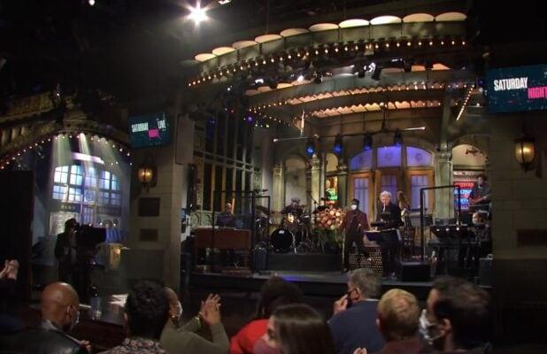 'SNL' Paid Live Audience Members at Season Premiere as If They Were Employees