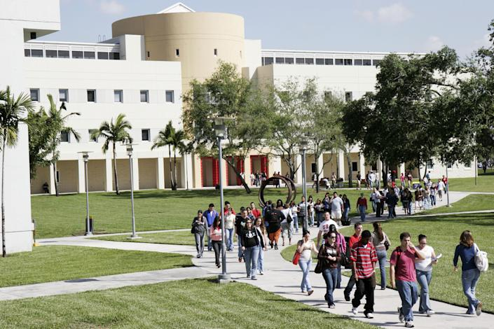 College Campus (Jeff Greenberg / Universal Images Group via Getty Images file)