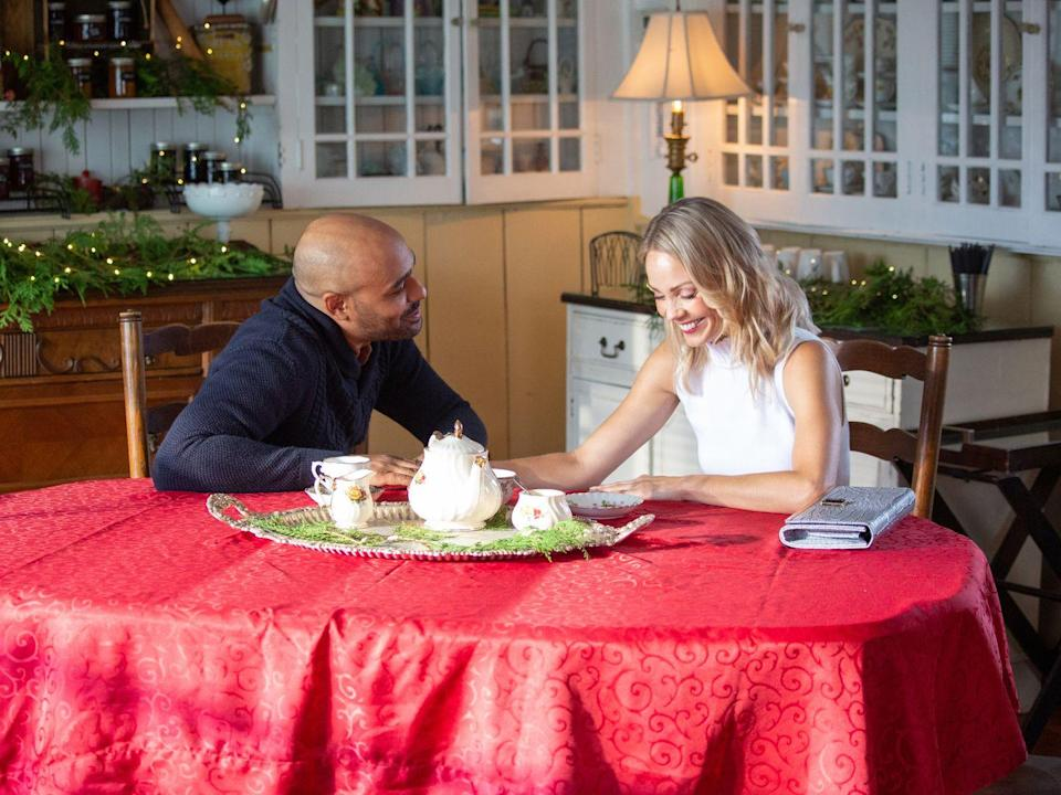 <p><strong>Saturday, December 19 at 8 p.m.</strong></p><p>Think of this movie as Lifetime's version of The Holiday. Molly Cooper (played by <strong>Laura Vandervoort</strong>) and Patrick Kingston (played by <strong>Rainbow Sun Francks</strong>) trade homes for the holidays, but find that their back-and-forth communication is more interesting than their new digs. </p>