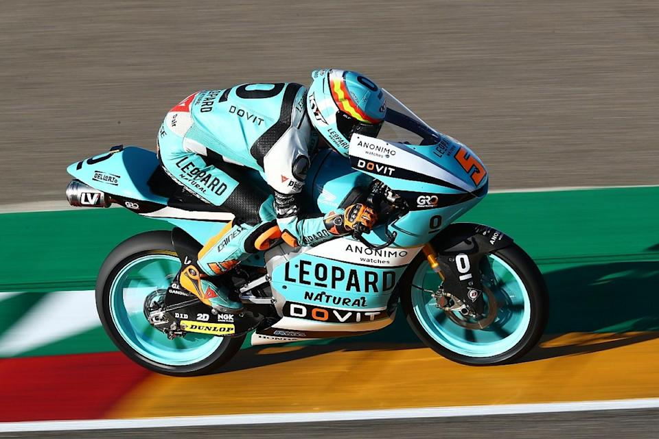 Moto3: Masia takes Honda's 800th win in Aragon thriller