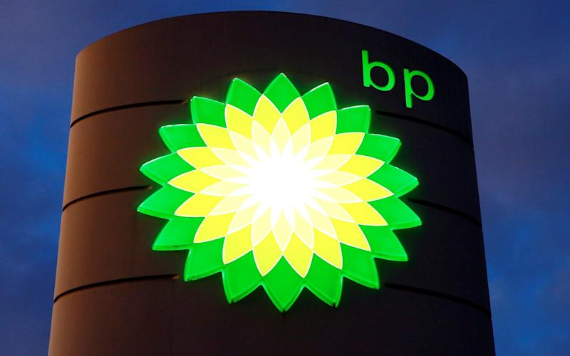 BP and Shell shares sink to 25-year low