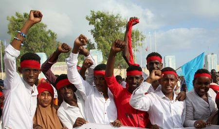 Protesters shout out slogans against Al-Shabaab militant group while demonstrating after last weekend's explosion in KM4 street in the Hodan district at the stadium Koonis in Mogadishu, Somalia October 18, 2017. REUTERS/Feisal Omar