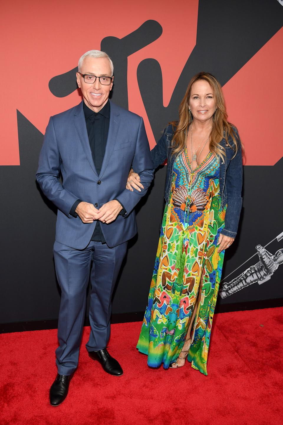 """<h1 class=""""title"""">Dr. Drew Pinsky and Susan Pinsky</h1><cite class=""""credit"""">Photo: Getty Images</cite>"""