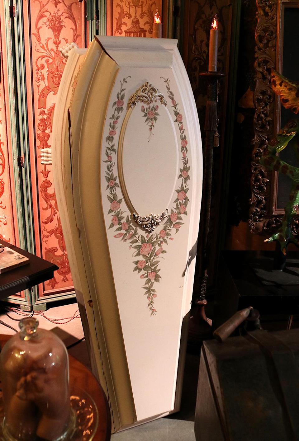<p>This is the ornate coffin for the young Claudia (Kirsten Dunst) in the vampire film starring Tom Cruise and Brad Pitt. (Photo: Angela Kim/Yahoo) </p>