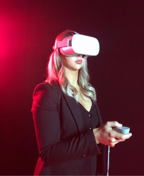 VR Training:Cartier employee uses the VR training application.