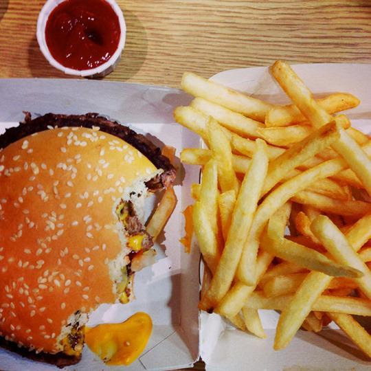 "<p>It may be time to give up the greasy, fried food: According to Glassman, ""trans fatty foods can cause inflammation, which can lead to breakouts and even wrinkles."" The fatty foods often trigger a hormonal response after being digested, which can lead to pimples. <br></p><p><i>(Photo: Getty Images)</i></p>"