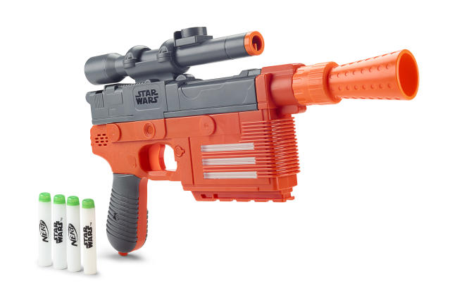 <p>Being a smuggler is a 24-hour job, so it's handy to have a blaster you can use at all times of day. Glow-in-the-dark capabilities means that you can take aim at your enemies during the morning, noon, and night. (Photo: Hasbro) </p>