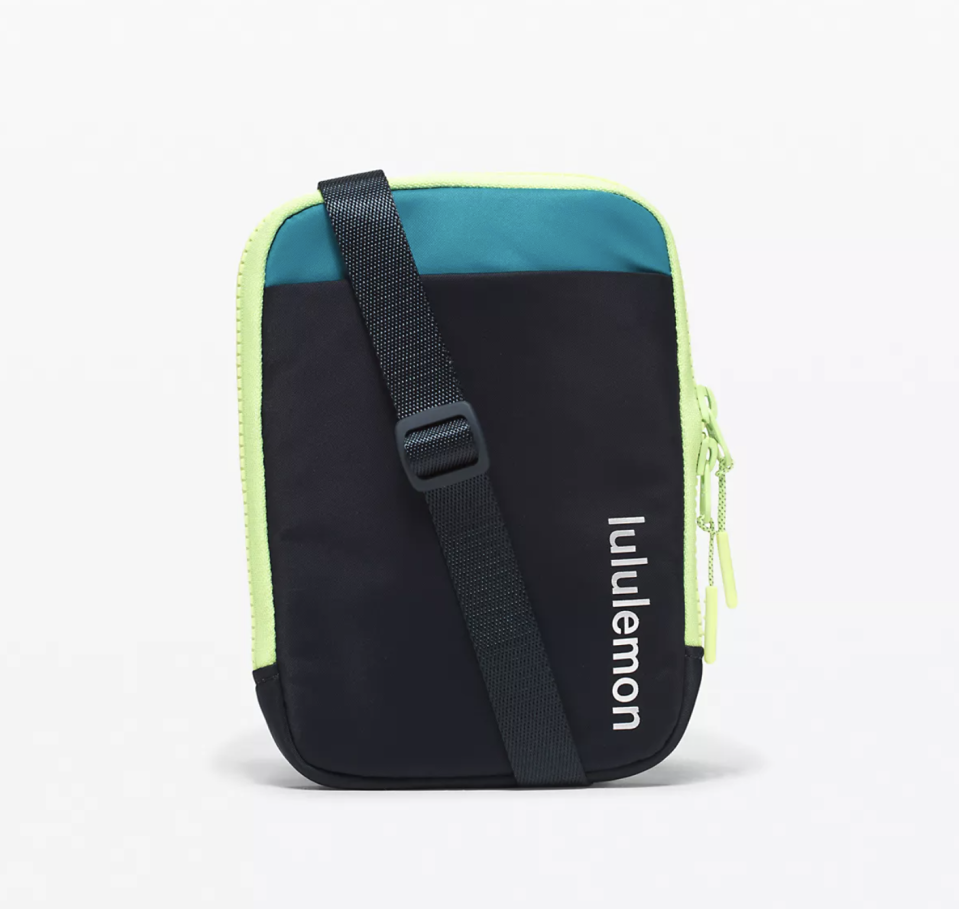 """<p><strong>Lululemon</strong></p><p>lululemon.com</p><p><a href=""""https://go.redirectingat.com?id=74968X1596630&url=https%3A%2F%2Fshop.lululemon.com%2Fp%2Fbags%2FEasy-Access-Crossbody-MD%2F_%2Fprod10300065&sref=https%3A%2F%2Fwww.seventeen.com%2Ffashion%2Fg30519407%2Fdoes-lululemon-have-sales%2F"""" rel=""""nofollow noopener"""" target=""""_blank"""" data-ylk=""""slk:Shop Now"""" class=""""link rapid-noclick-resp"""">Shop Now</a></p><p><strong><del>$38</del> $29 (23% off)</strong></p><p>A statement pack makes sweatpants and sneakers look more """"cool streetwear"""" and less """"I slept in this.""""</p>"""