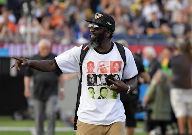 Ed Reed used the Hall of Fame game to make a statement on police-involved deaths in the United States. (Reuters)