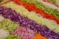 <p>Lets take a look at a few lettuce free salads that are tasty & filling. <br></p>
