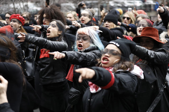 Women inspired by the Chilean feminist group called Las Tesis protested with loud chanting in front of the New York City criminal court during Harvey Weinstein's sex crimes trial. (Photo: John Lamparski / Echoes Wire / Barcroft Media via Getty Images)
