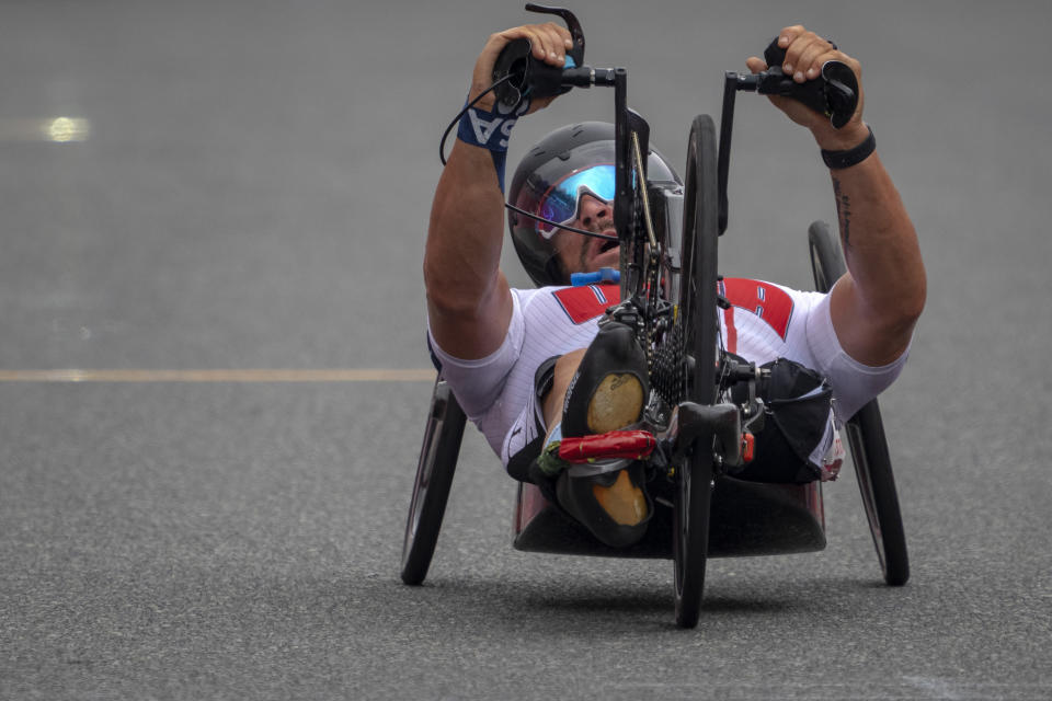 Tom Davis competes in the Men's H4 Time Trial at the Fuji International Speedway in the Tokyo 2020 Paralympics, Tuesday, Aug. 31, 2021, in Tokyo, Japan. (AP Photo/Emilio Morenatti)