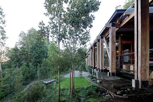 53d9afdbc07a80452b00036f_bridge-house-aranguiz-bunster-arquitectos_14.jpg