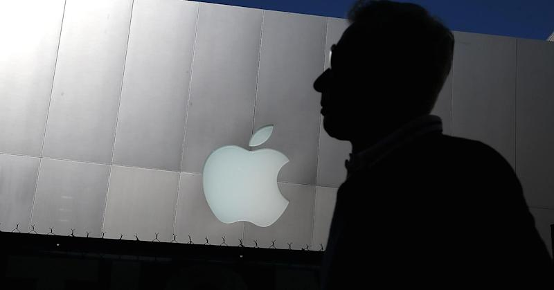 'No doubt' that Apple's best days are behind it, analyst Toni Sacconaghi says