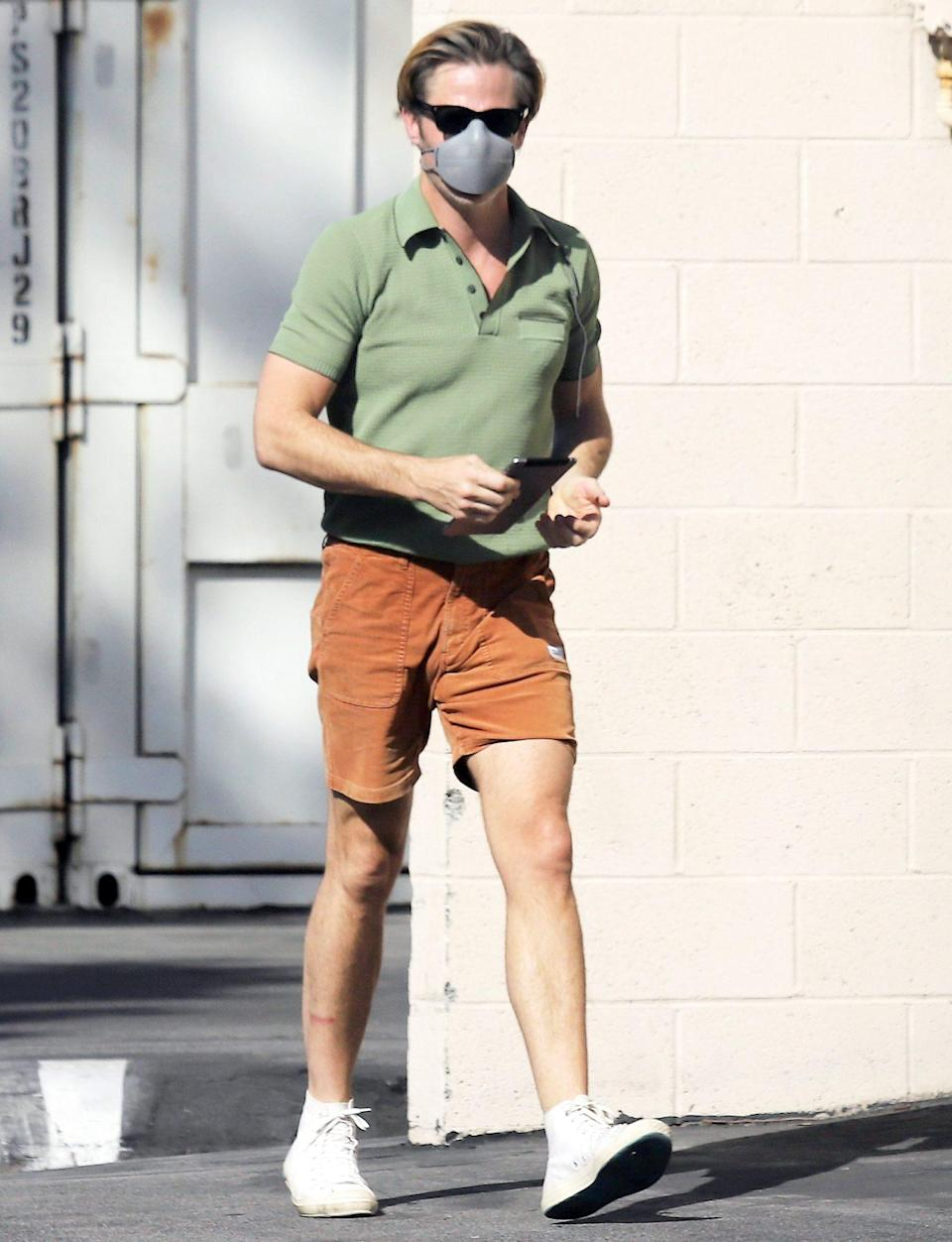 <p>Chris Pine heads to the studio in L.A. wearing a mask on Thursday. </p>