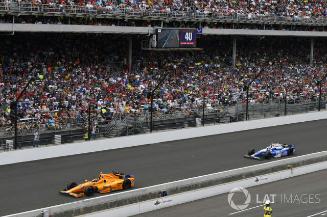 "Fernando Alonso, Andretti Autosport Honda, Takuma Sato, Andretti Autosport Honda <span class=""copyright"">Scott R LePage / LAT Images</span>"