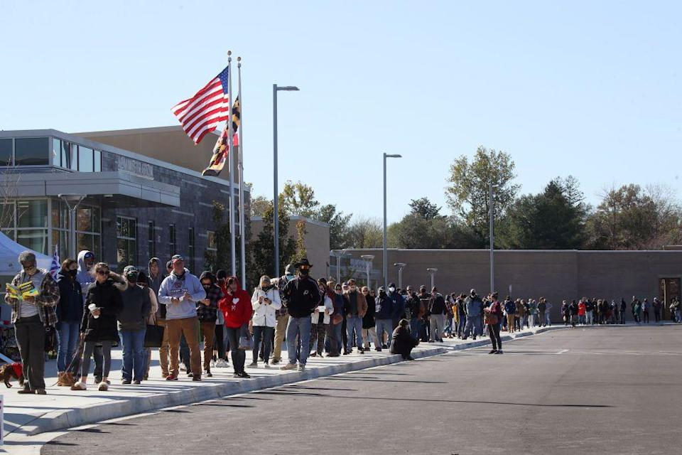 <p>Currently, the United States is on course to record the highest voter turnout in a century. A record-breaking amount of more than 100 million early votes have already come in - because of the Covid-19 pandemic - and large queues like this one in Maryland were reported on election day.</p>