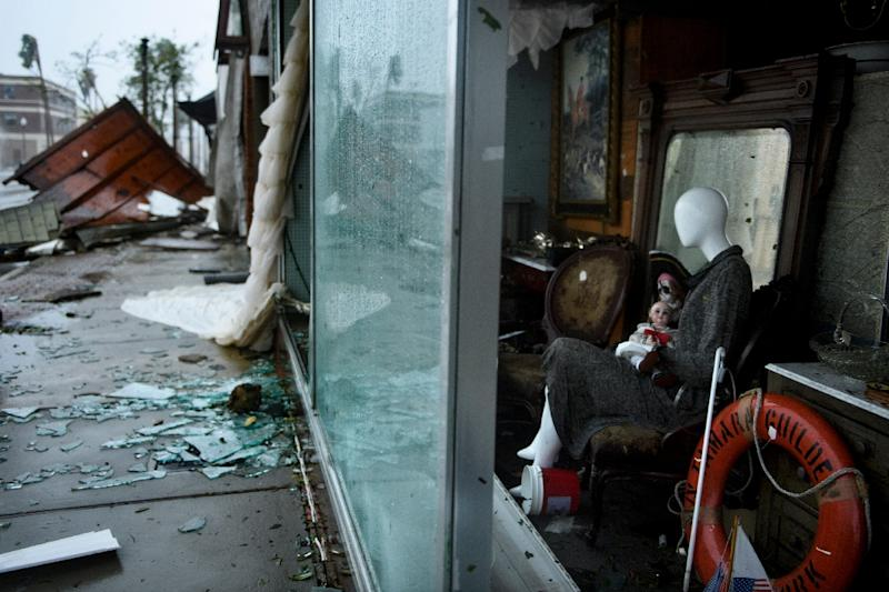 A mannequin in a window display in Panama City, Florida, after Hurricane Michael (AFP Photo/Brendan Smialowski)
