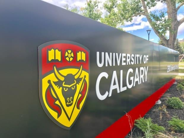 The University of Calgary has cancelled in-person classes for the remainder of this week due to the province's new public health regulations, intended to curb COVID-19 cases that are overwhelming the health-care system.  (David Bell/CBC - image credit)