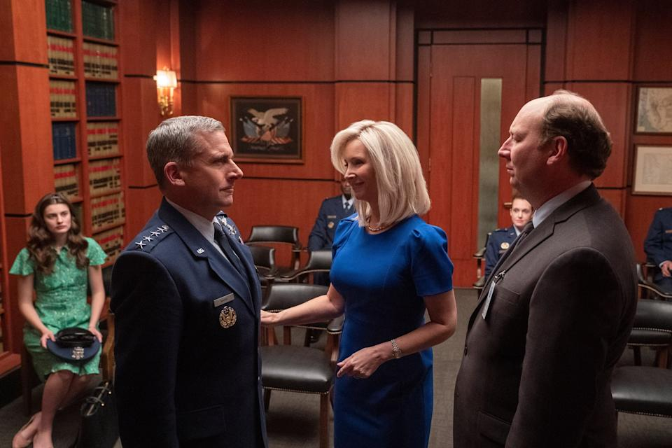 SPACE FORCE, from left: Diana Silvers, Steve Carell, Lisa Kudrow, Dan Bakkedahl, (Season 1, ep. 101, aired May 29, 2020). photo: Aaron Epstein / Netflix / Courtesy Everett Collection