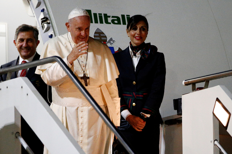 Cutting-Edge: Japan Welcomes Pope Francis With Song Composed Using Artificial Intelligence