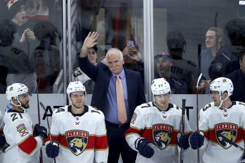 Quenneville coaches Panthers to 4-3 win over Blackhawks