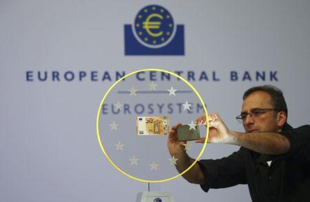 Euro  to GBP Exchange Rate Hits Weekly Low Ahead of ECB Meeting