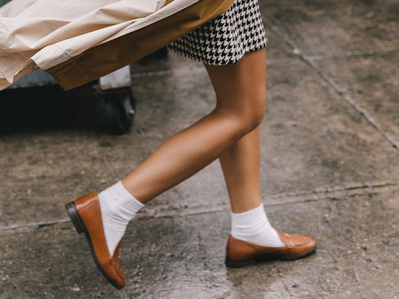 a832aa899c532 The Old Shoe Trend Everyone s Wearing Again This Season