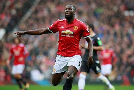 Soccer Football - Premier League - Manchester United vs Crystal Palace - Old Trafford, Manchester, Britain - September 30, 2017 Manchester United's Romelu Lukaku Action Images via Reuters/Jason Cairnduff