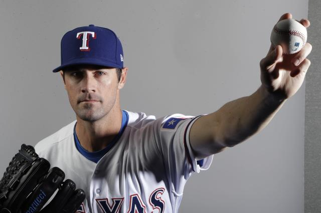 "<a class=""link rapid-noclick-resp"" href=""/mlb/players/7509/"" data-ylk=""slk:Cole Hamels"">Cole Hamels</a> loves to pitch, but not in a six-man rotation. (AP Photo)"