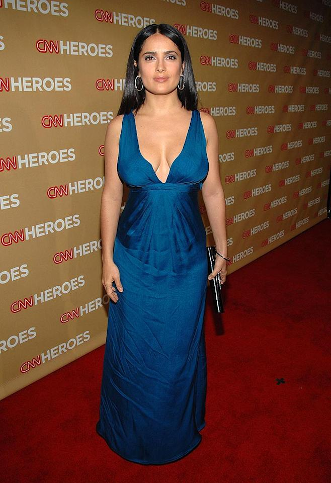 """The normally flawless Salma Hayek arrived at the Kodak Theatre in a wrinkled gown. John Shearer/<a href=""""http://www.wireimage.com"""" target=""""new"""">WireImage.com</a> - November 22, 2008"""