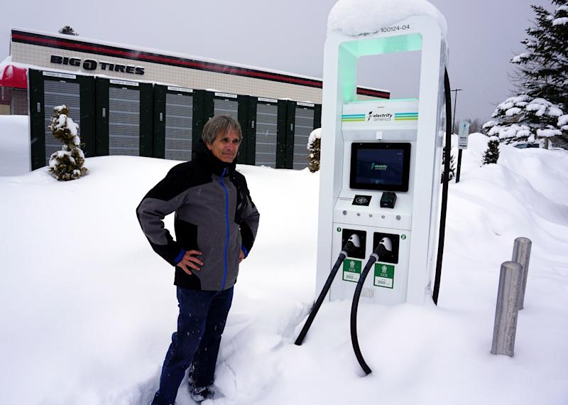 Electrify America's new 350 kW fast charging station