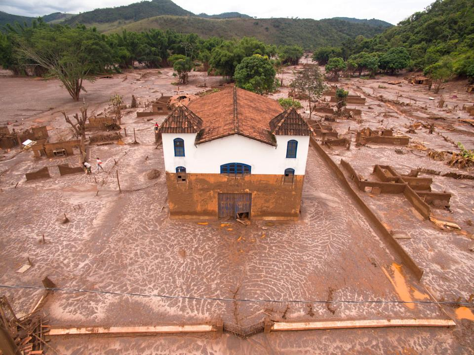 The city of Paracatu was vanished by a river of mud, after a mining dam burst at Mariana, Minas Gerais. It was the biggest environmental accident in Brazil's history.