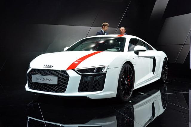 with rear wheel drive and v10 power audi s r8 rws is ready to drift. Black Bedroom Furniture Sets. Home Design Ideas