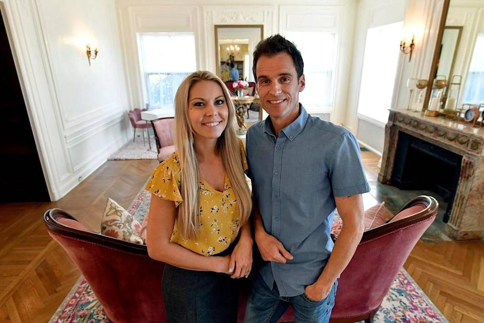 Heather and Peter Caster, married in 2006, are renovating the Kirkwood near The Nelson-Atkins Museum of Art.