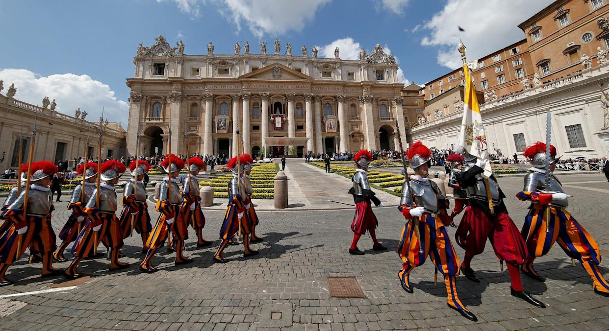 Swiss guards march at St. Peter's Square at the Vatican, April 16, 2017. (Photo: Stefano Rellandini/Reuters)