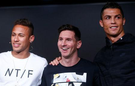 FILE PHOTO: Paris St Germain forward Neymar of Brazil, Barcelona's Lionel Messi of Argentina and Real Madrid's Cristiano Ronaldo of Portugal pictured at the Ballon d'Or 2015 awards in Zurich, Switzerland, January 11, 2016 REUTERS/Arnd Wiegmann/File Photo