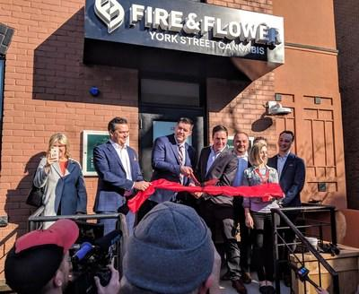 Fire & Flower York Street Cannabis Opening (C) 2019 - Fire & Flower Inc. (CNW Group/Fire & Flower Holdings Corp.)
