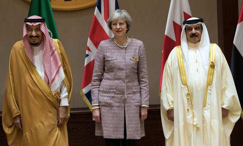 Theresa May with Saudi Arabia's King Salman bin Abdulaziz, left, and Bahrain's King Hamad bin Isa al-Khalifa