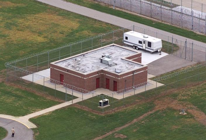 An aerial view of the execution building at the U.S. Penitentiary in Terre Haute, Indiana