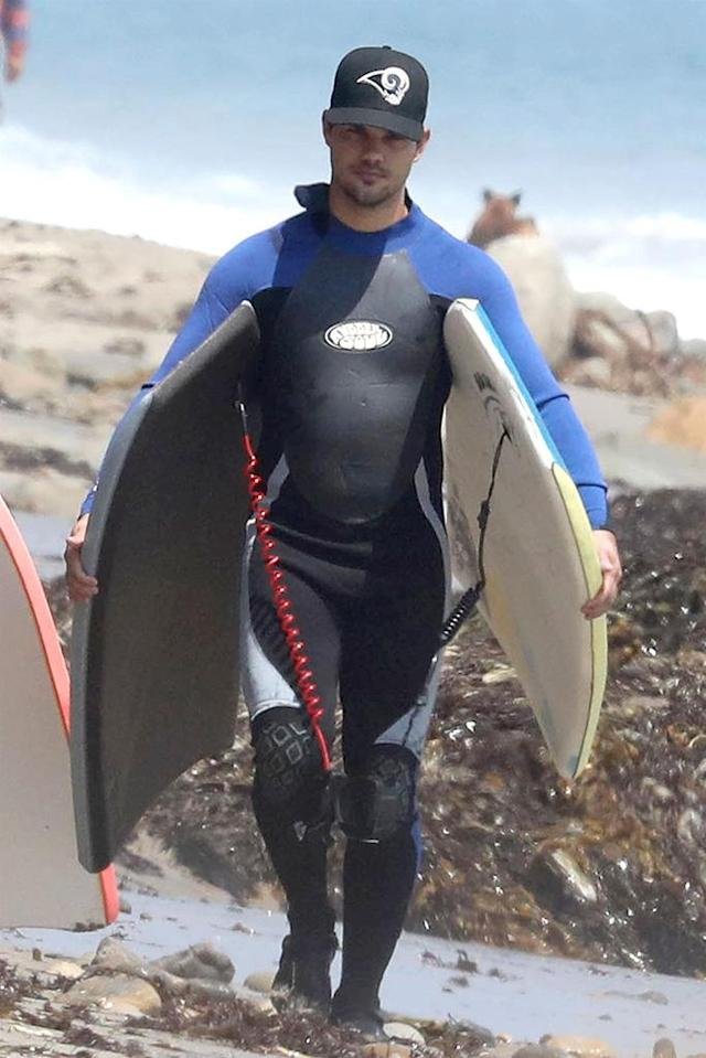 <p>The newly single actor took his board out to catch some waves in Malibu. (Photo: BACKGRID) </p>