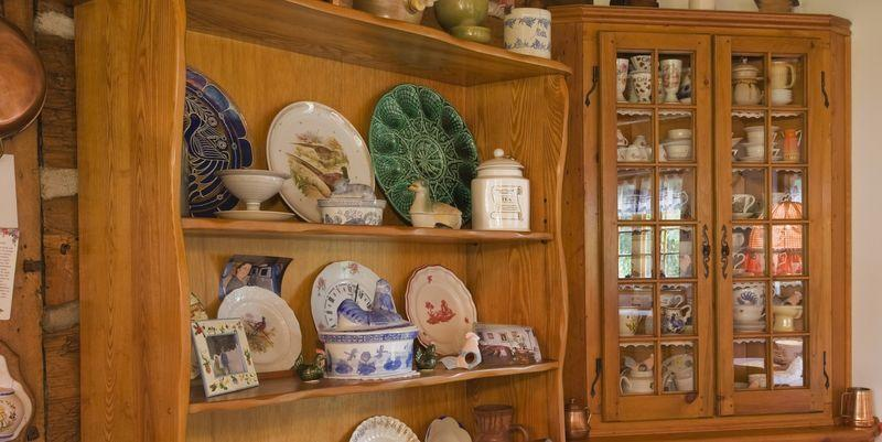 <p>Don't get us wrong, an occasional pine accent is fine and dandy. But in the 80s and 90s, it was just about everywhere, from bookshelves to dressers to chests. </p>