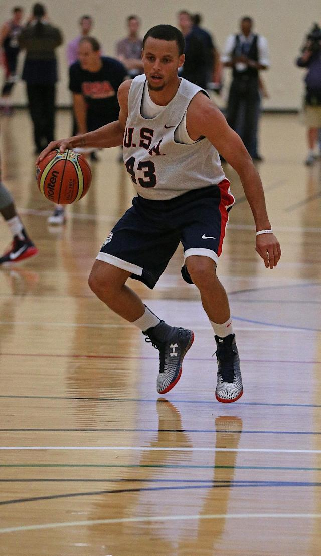 Stephen Curry of team USA during a training session in Chicago, Illinois on August 15, 2014 (AFP Photo/Jonathan Daniel)