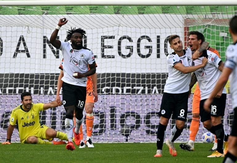 Spezia's French forward M'Bala Nzola (L) scored his first top-flight goals with a brace against Benevento.