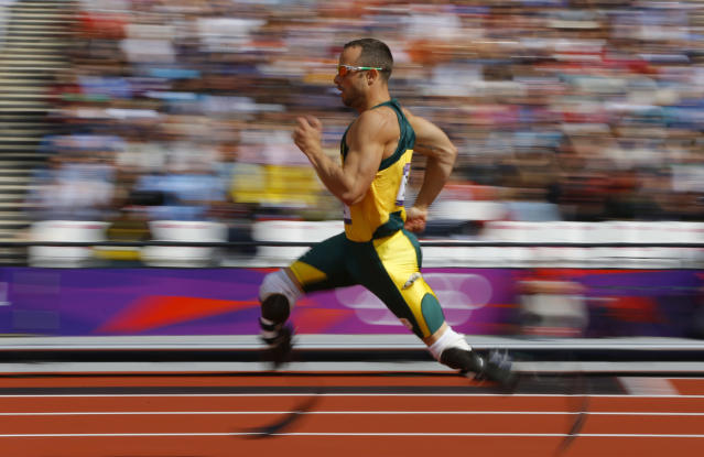South Africa's Oscar Pistorius competes during round 1 of the men's 400m heats at the London 2012 Olympic Games at the Olympic Stadium August 4, 2012. REUTERS/Phil Noble (BRITAIN - Tags: SPORT ATHLETICS OLYMPICS) - RTR36345