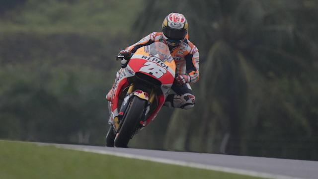 Repsol Honda rider Dani Pedrosa upstaged Johann Zarco late on to claim pole at the Malaysia Grand Prix on Saturday.
